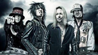 A Mötley Crüe ismét a Bűnös városba tart