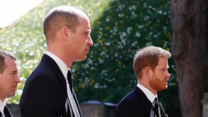 A temetés összehozta a két testvért: egymást támogatva távozott Vilmos és Harry herceg