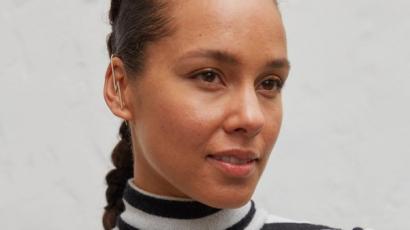 A titok Alicia Keys ragyogó bőre mögött