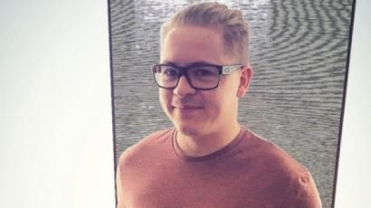 A Tokio Hotel dobosa apa lesz