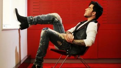 Adam Lambert lesz az X-faktor egyik zsűritagja