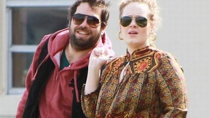 Adele bepasizott