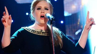 Adele hamis pornókazetta miatt perel