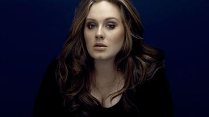 Adele szívesen visszavonulna a rivaldafénytől