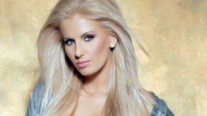 A felkapott román énekesnőnek már magára sincs ideje