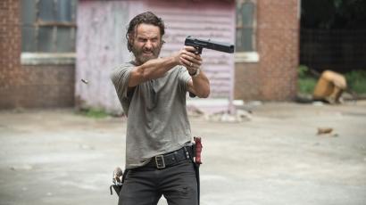 """Andrew Lincoln: """"Még sosem kellett ennyi zombival szembenéznünk"""""""