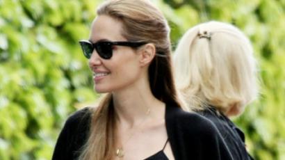 Angelina Jolie példája ragadós Ausztráliában