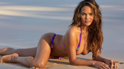Anyává válása óta most fotózták először bikiniben Chrissy Teigent