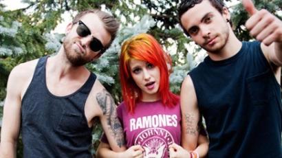 Április 6-án jön a Paramore új klipje