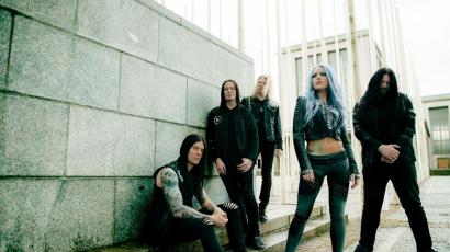Arch Enemy: Az új album mindenhol tarolt