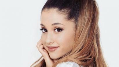 Ariana Grande bepasizott