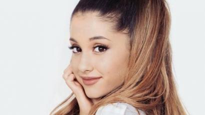 Ariana Grande frizurát váltott
