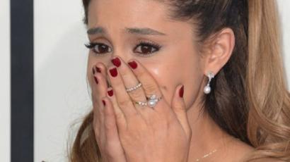Ariana Grande sírva fakadt - videó