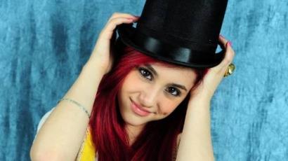 """Ariana Grande: """"Szeretem és imádom Catet!"""""""