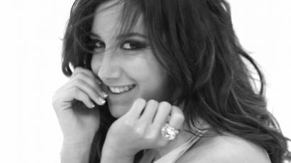 Ashley Tisdale meglepte rajongói oldalának szerkesztőit