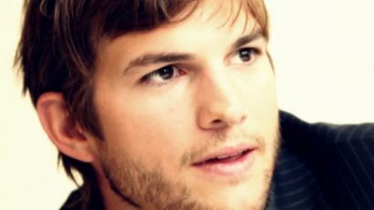 Ashton Kutcher az apaság minden pillanatát élvezi