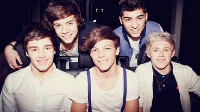 A One Direction-fiúk levezettek egy szülést