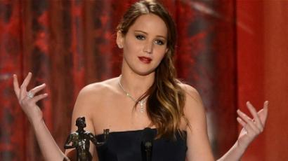 Átverték kollégái Jennifer Lawrence-t