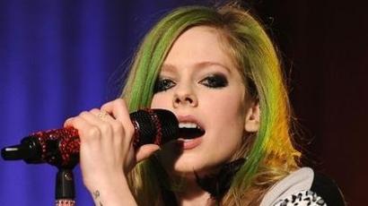 Avril dolgozik az ötödik nagylemezén