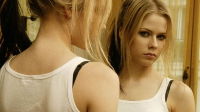 Avril Lavigne régimódinak tartja magát