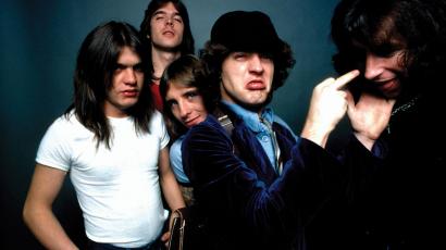 Az AC/DC csapata vadonatúj videoklippel jelentkezett
