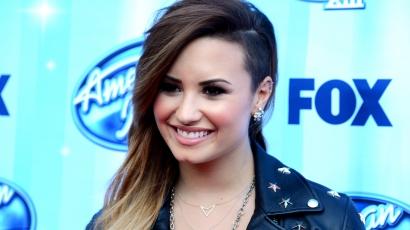 Az elnökkel pizzázott Demi Lovato