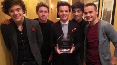A One Direction lett az év előadója