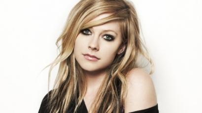 Az utolsó simításokat végzi legújabb albumán Avril Lavigne