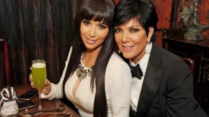 Beindultak a fogaskerekek: Kris Jenner így húzna hasznot Kim Kardashian kirablásából