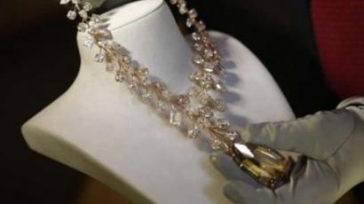 Bemutatták a világ legdrágább nyakláncát