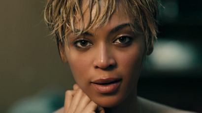 """Beyoncé: """"A tökéletesség felé taszítják a nőket"""""""