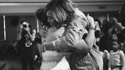 Beyoncé Houstonba utazott, hogy támogassa a Harvey hurrikán áldozatait