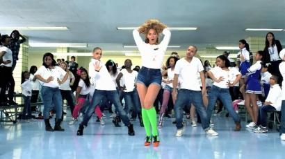 Beyoncé mindenkit táncra buzdít