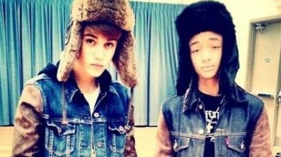 Justin Bieber az újévet is dallal köszönti