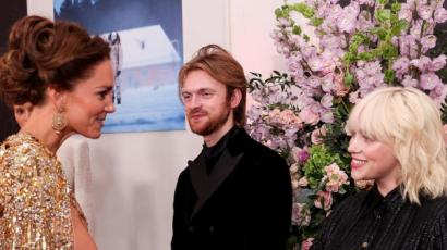 Billie Eilish őszintén vallott arról, milyen volt találkozni a brit királyi család tagjaival