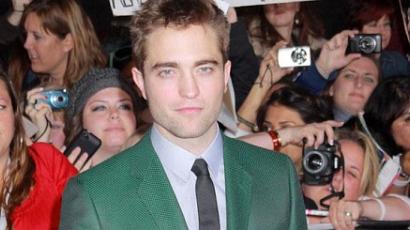 Bizarr! Aktképeket kér rajongóitól Robert Pattinson
