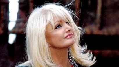 Bonnie Tyler új kollekciója már a toplistákon