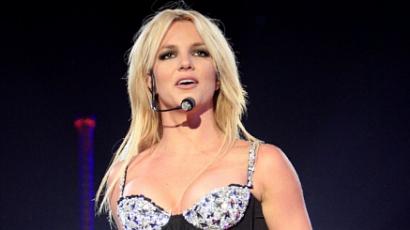 Britney nem tud lenyomni egy másfél órás élőshow-t