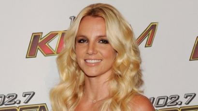 Britney Spearst beperelte korábbi testőre
