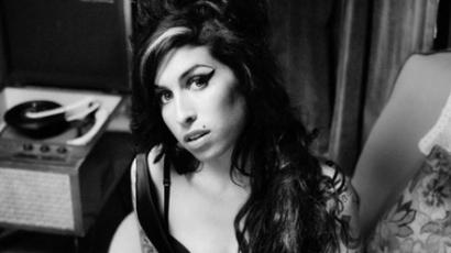 Cannes-ban debütál az Amy Winehouse-ról készült film