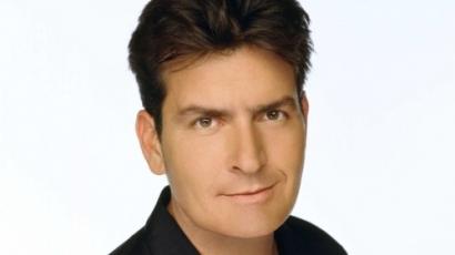Charlie Sheen a gyorséttermeket célozza meg