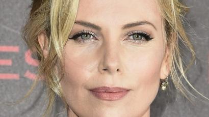 Charlize Theron sértő élményről számolt be Az olasz meló kapcsán