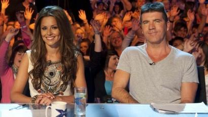 Cheryl Cole pereli Simon Cowellt