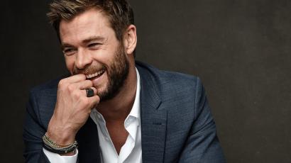 Chris Hemsworth imádnivaló fotót osztott meg kisfiával