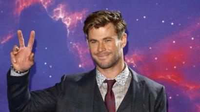 Chris Hemsworth kézlenyomatát is őrzi a Hírességek sétánya