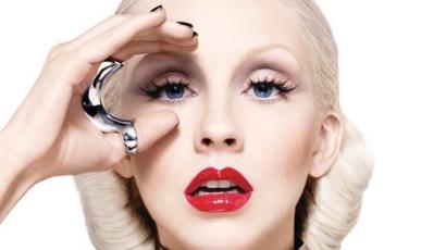 Christina Aguilera csődbe megy