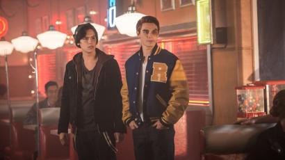 Cole Sprouse eredetileg Archie-t alakította volna a Riverdale-ben