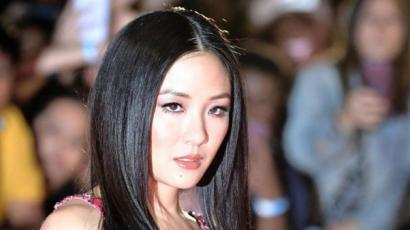 Constance Wu tényleg pénzt keresett azzal, hogy sztriptízelt