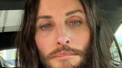 Courteney Cox is csatlakozott a Jared Leto-hajőrülethez