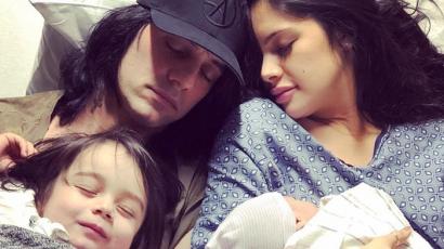 Criss Angelnek fia született, első kisfia kigyógyult a leukémiából